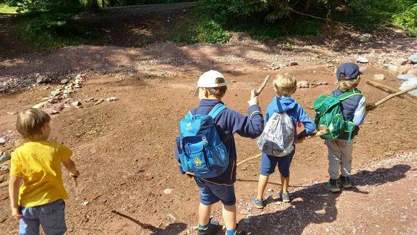 Montessori St. Johann: Montessori-Kinder erlebten Waldwoche