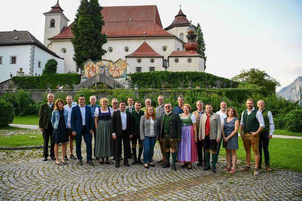 Wahl 2021: ÖVP Traunkirchen präsentiert Team um Christoph Schragl