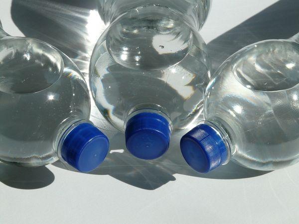 Grünes Erfolgsprojekt Einwegpfand für Plastik und Getränkedosen ab 2025
