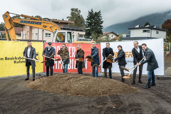 Spatenstich in Zell: Tiroler Immobilien errichtet 18 neue Wohnungen in der Festungsstadt