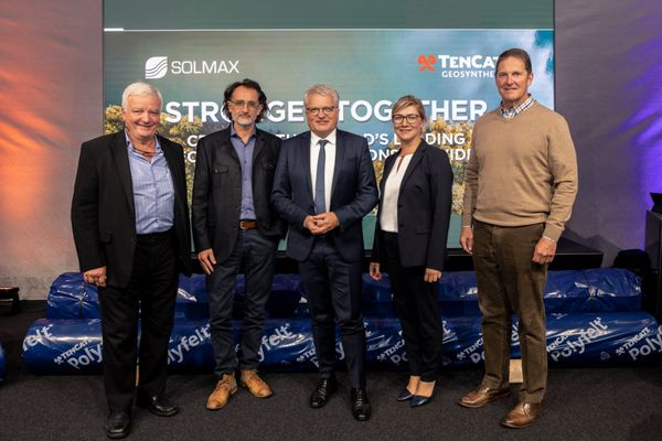 50-jähriges Jubiläum: Geotextilien-Hersteller aus Linz feiert runden Geburtstag