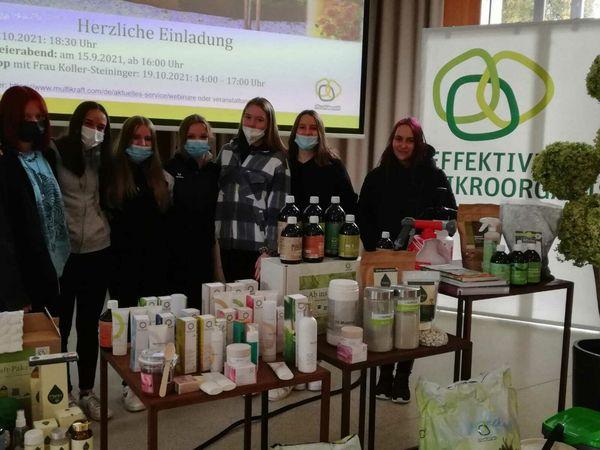 Exkurionstag: Mistelbacher Schülerinnen besuchten Firma Multikraft