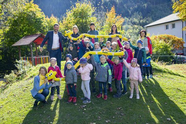 Radenthein: Landesrat Schuschnig besucht KNEIPP Kindergarten