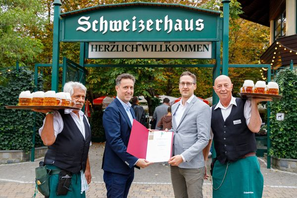 Schweizerhaus und Wiener Prater ausgezeichnet: Goldener Schani fürs Schweizerhaus
