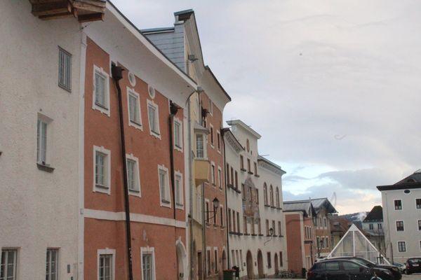 Donnerstag ist es im Tennengau den Tag über regnerisch. Um 7:26 Uhr wird es hell [...]