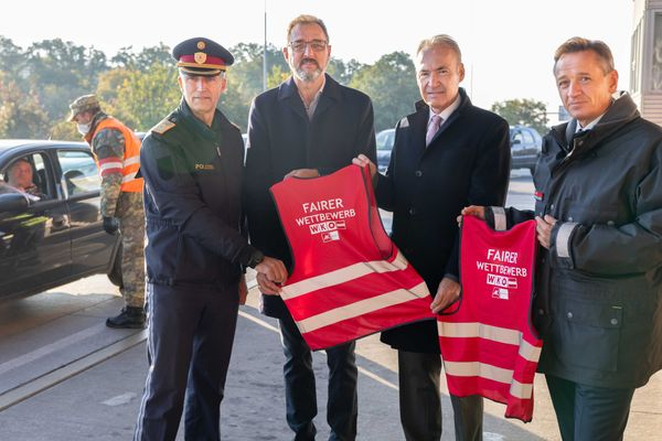 """Aktion scharf an der Grenze"": Kampf gegen Lohn- und Sozialdumping"