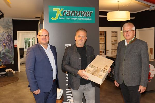 Raumausstatter Krammer: Standortwechsel vor einem Jahr