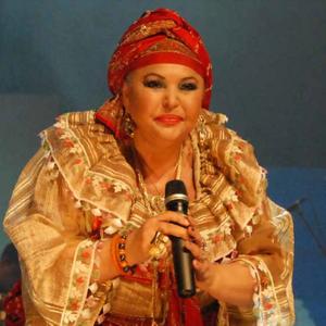 ЕСМА Реџепова – Теодосиевска –  кралицата НА ромската песна (29)