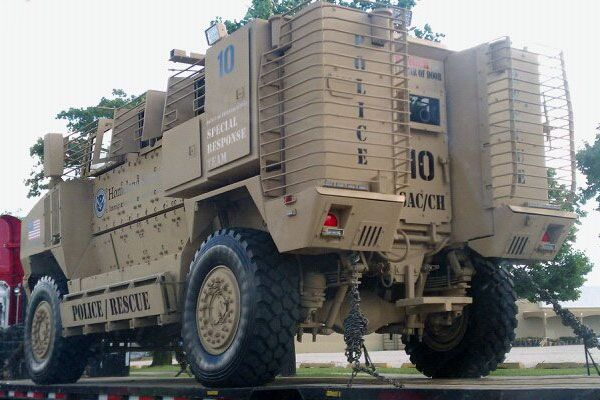 [Image: homeland-security-navistar-mrap-vehicle.jpg]