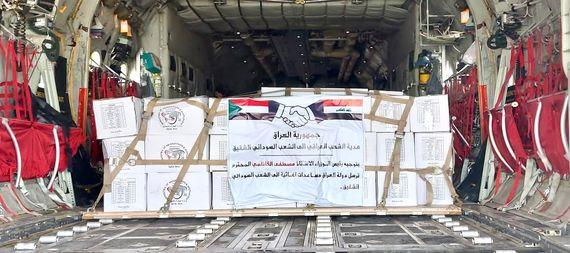 وصول شحنة المُساعدات العراقية الثالثة الى الخرطوم