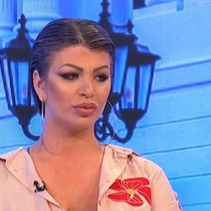 LAGALA LJUDE DA JE HAKOVANA, A UZELA 800 EVRA Miljana Kulić opet obmanula javnost - ISPLIVAO DOKAZ!