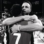勇士在多倫多當地報章登全版廣告祝賀速龍奪得NBA冠軍