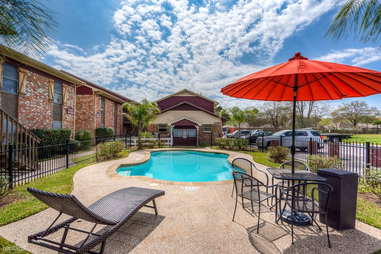 Tomball Ranch Apartments photo