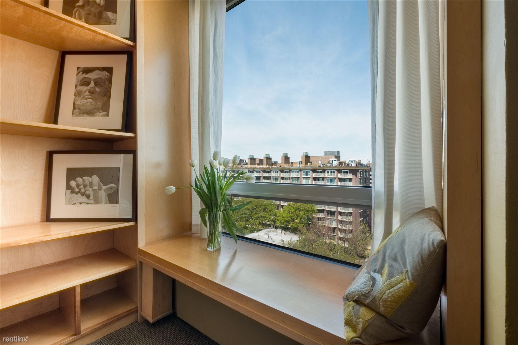 Riverside Condominium photo