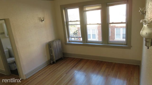 6733 S Paxton Ave for rent
