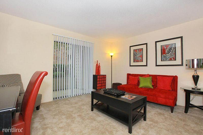 2701 W Bellfort Ave Apt 1426 photo
