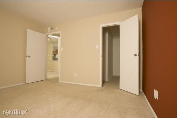 2601 N Repsdorph Rd Apt 1506 rental