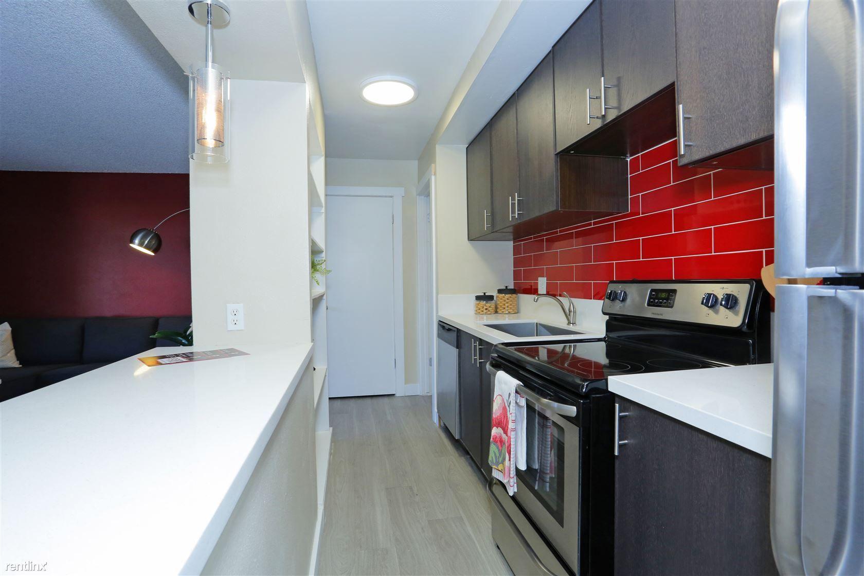 971 E Flamingo Rd Apt 5 for rent