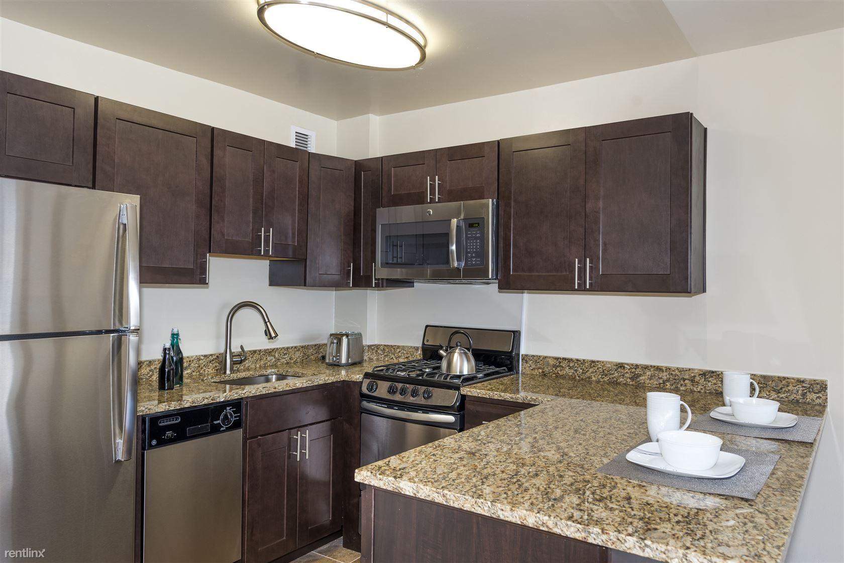 2400 Pennsylvania Avenue Apartments photo