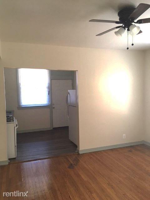 2120 E 68th St rental