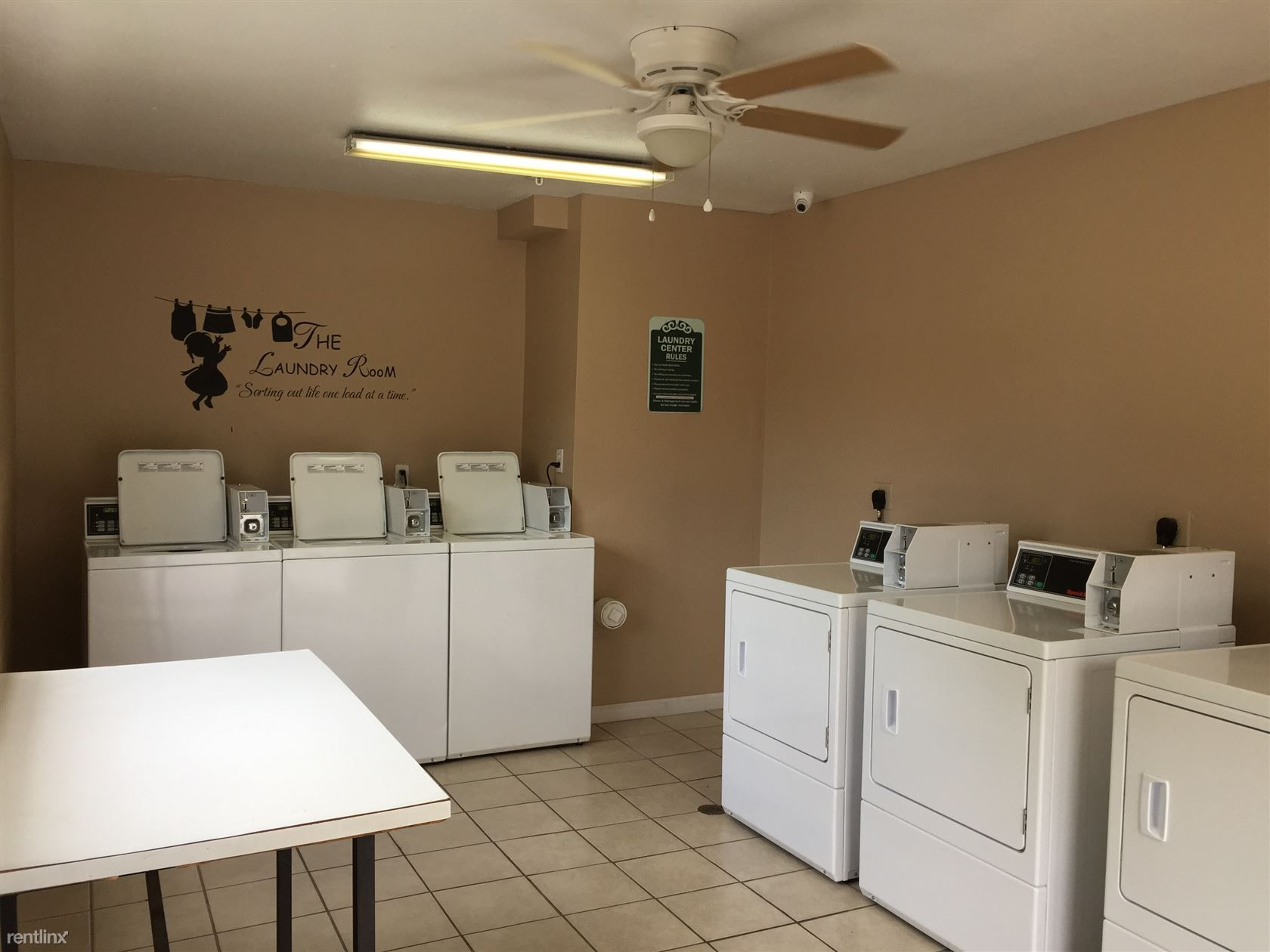 Palm Bluff Apartments
