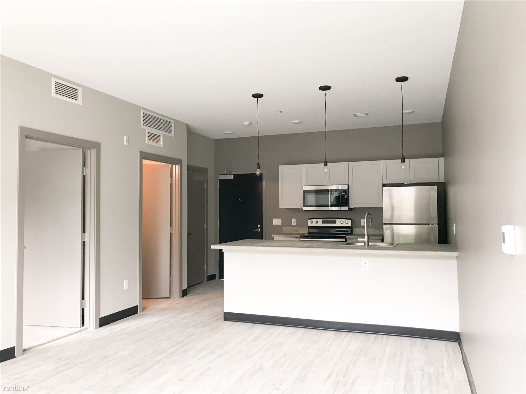 Diamond Place Apartments for rent
