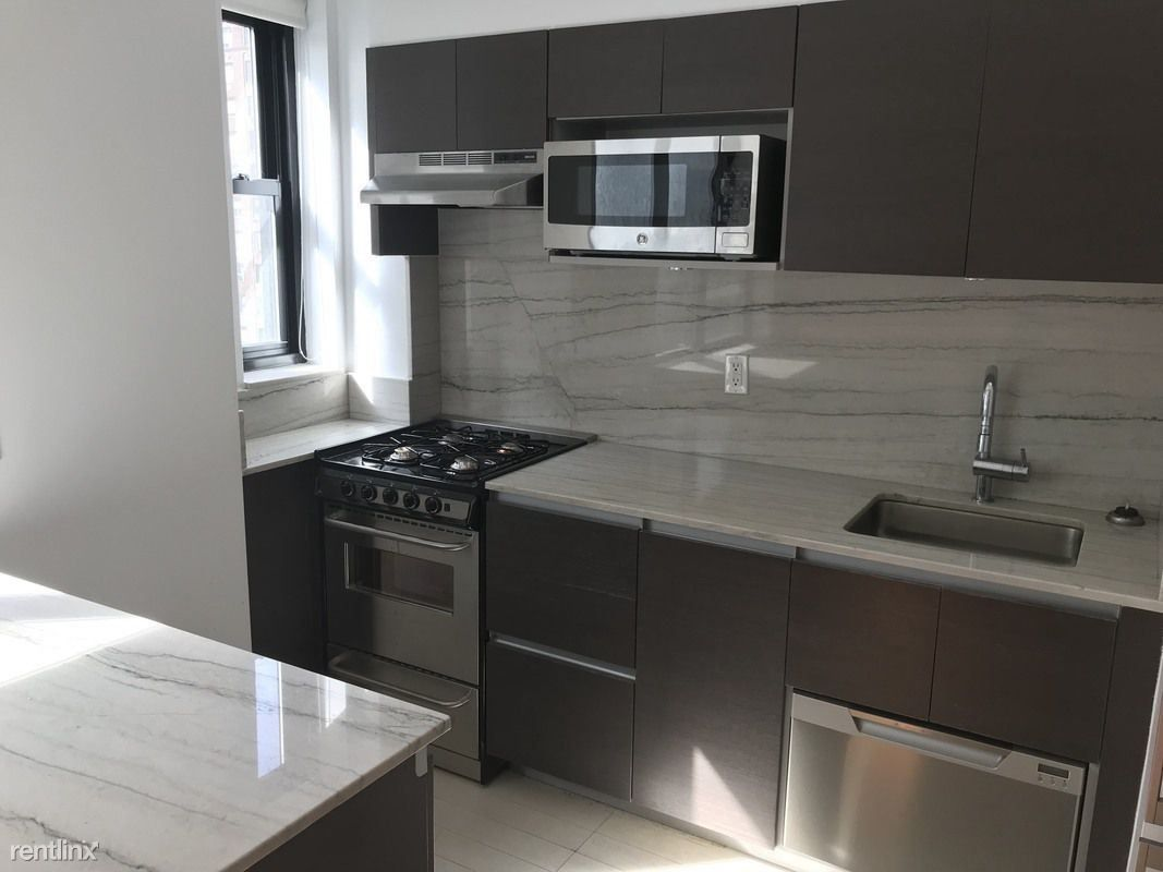400 E 57th St #6G for rent