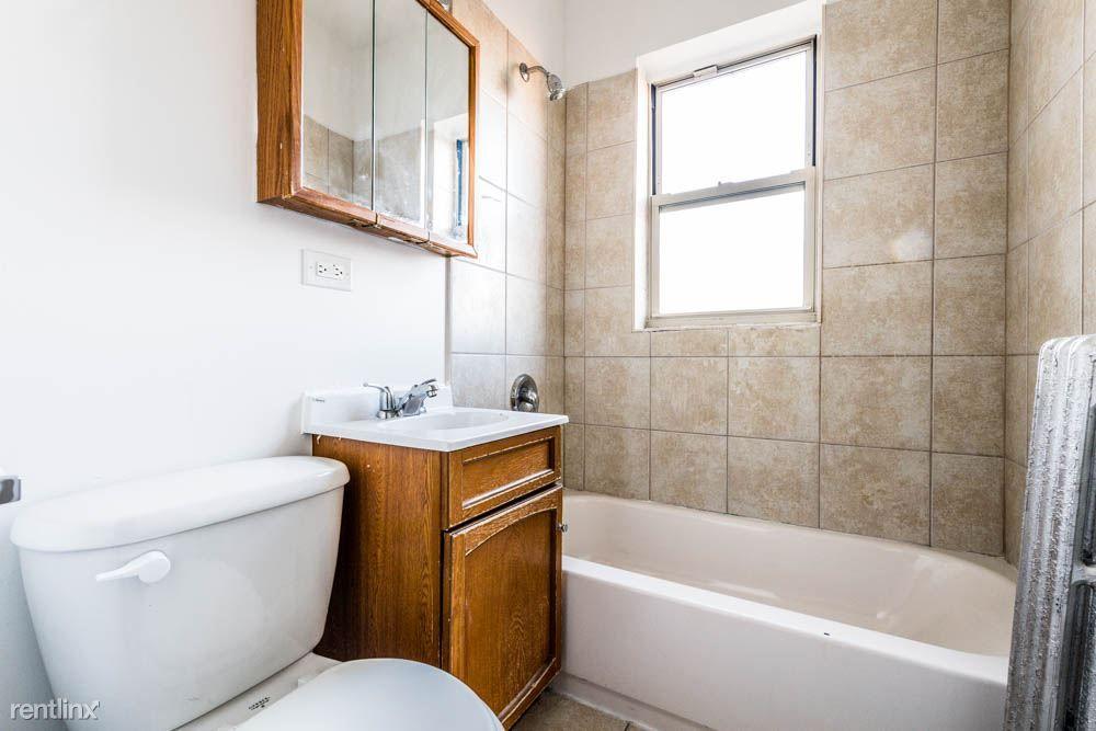 8200 S Ingleside Ave for rent
