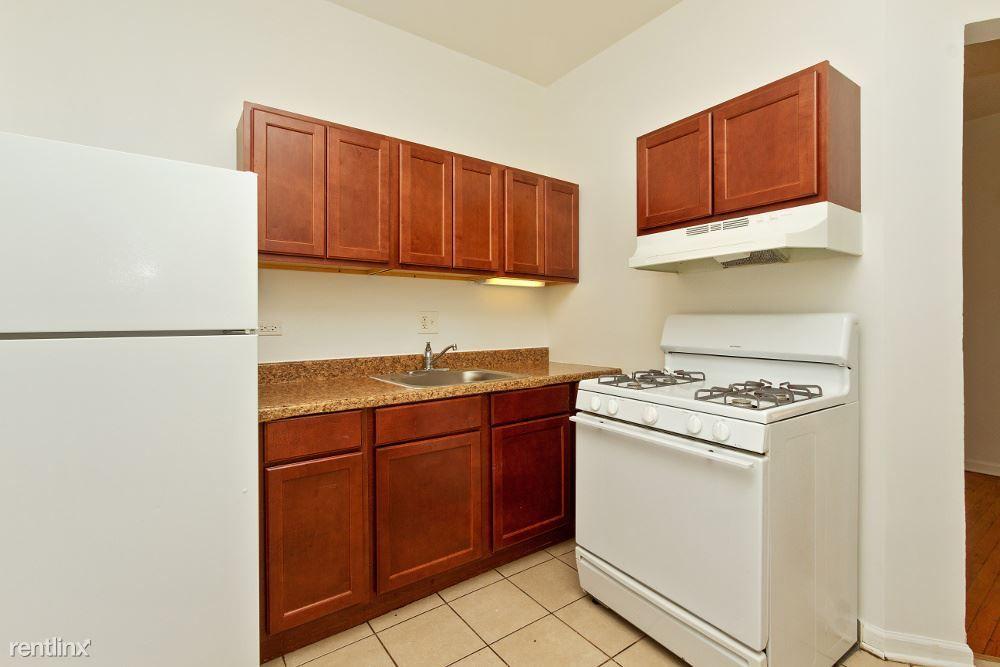 7643 S Stewart Ave rental