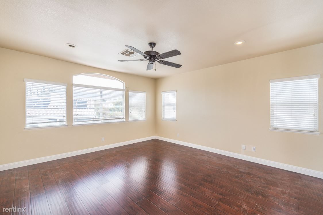 2273 Georgia Pine Ct rental
