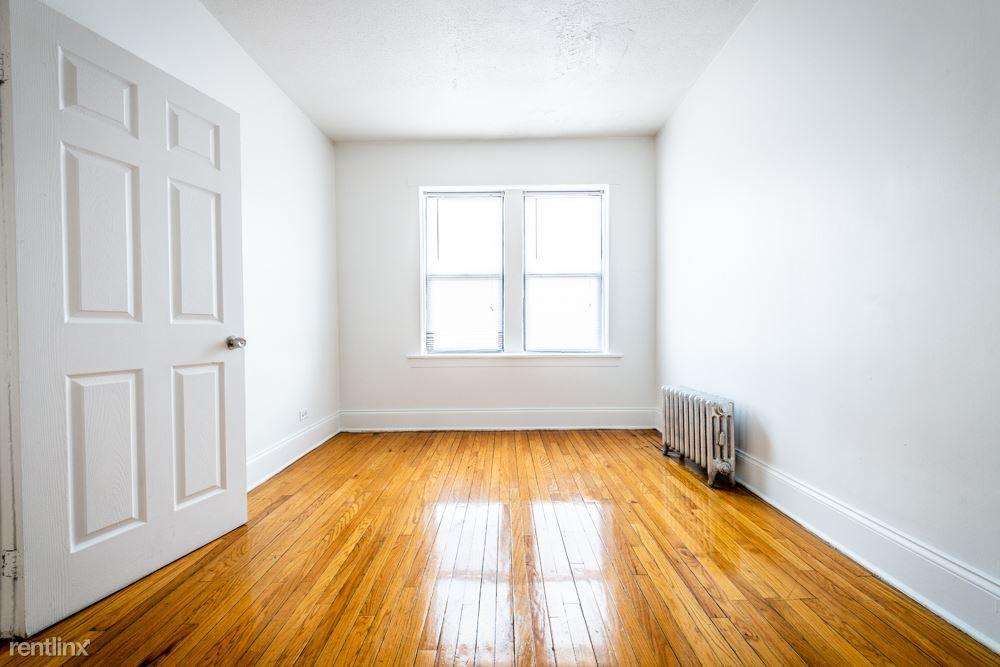 7003 S Harper Ave for rent