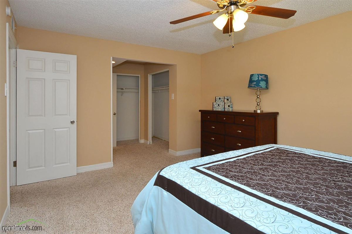 REDUCED to $1300 /2br -TH 1280ft – ½ OFF 1ST MONTH