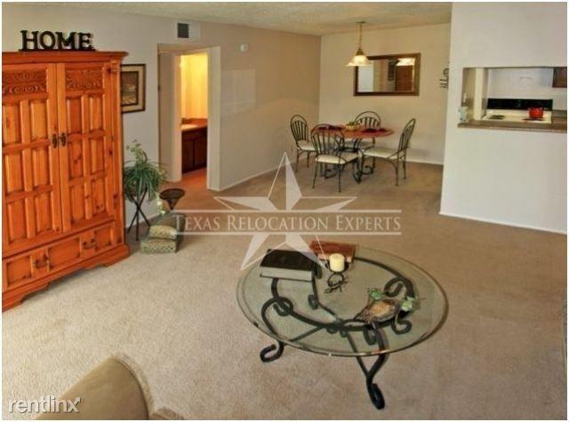 2439 NE Loop 410 rental