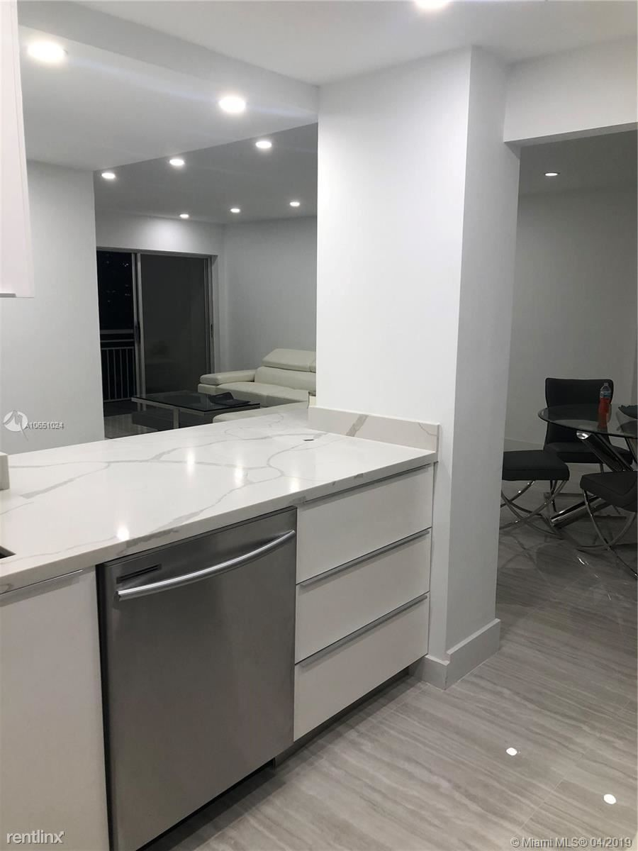 400 Kings Point Dr for rent