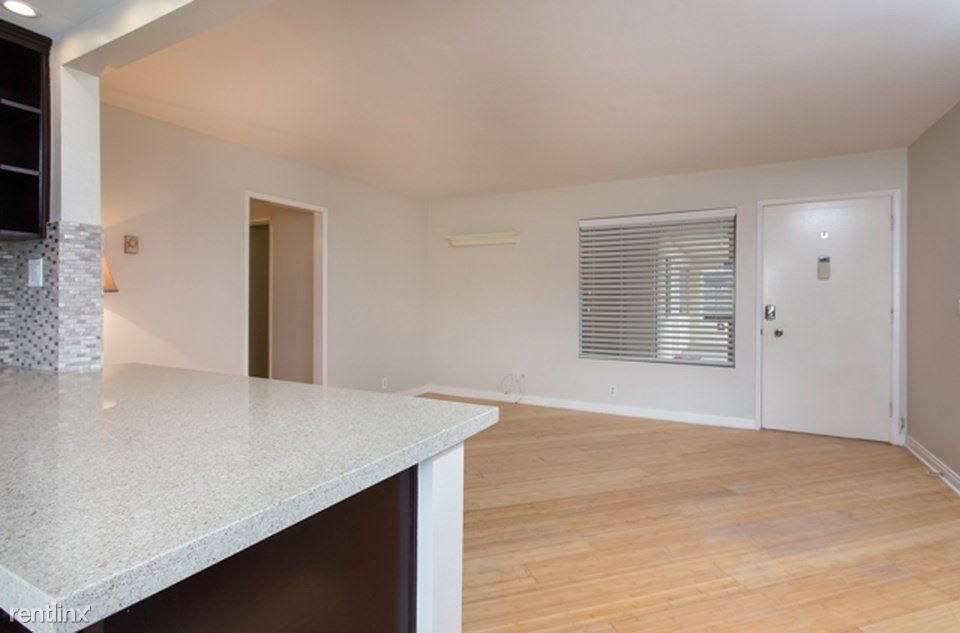 1740 Roosevelt Ave for rent