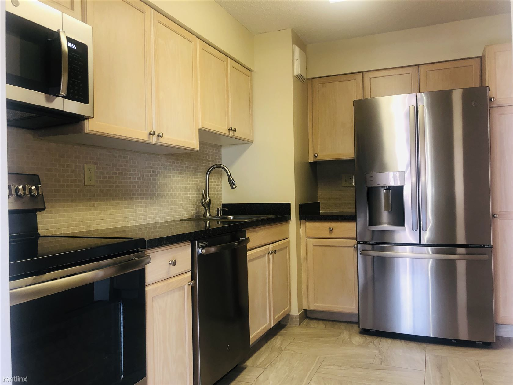The Excelsior II Luxury Apartments photo