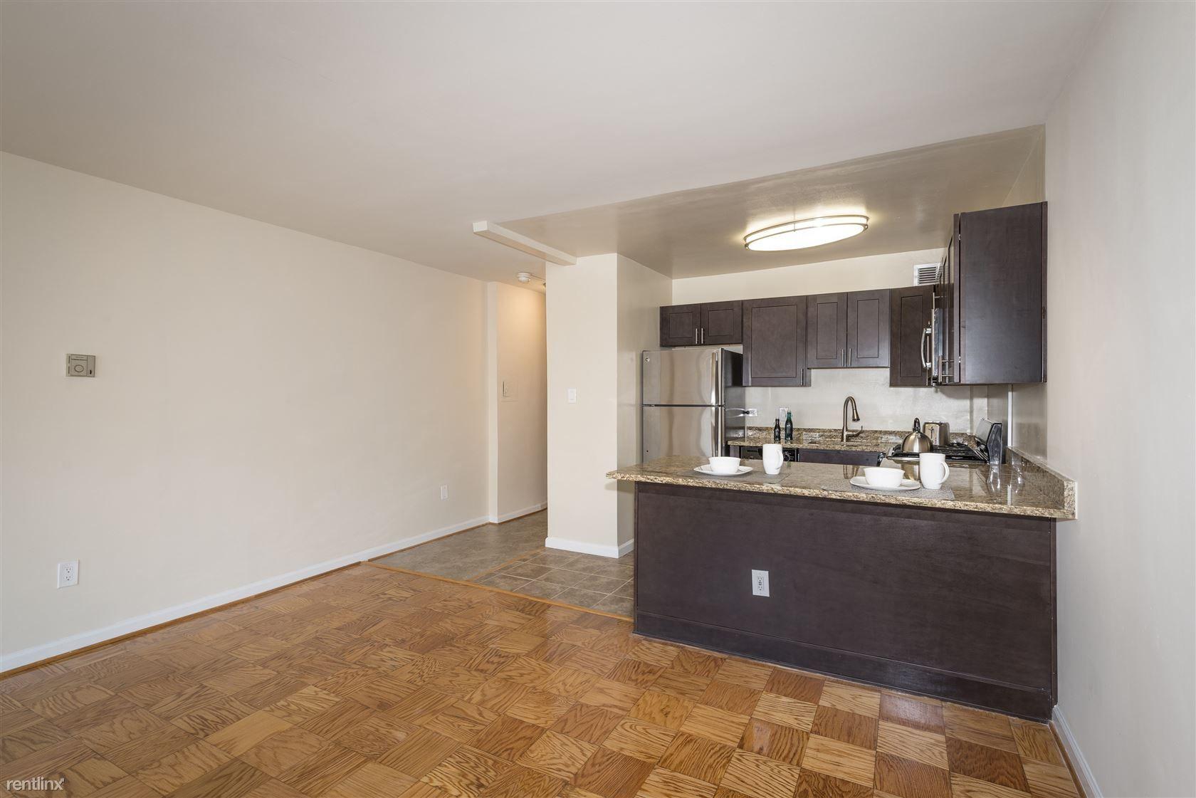 2400 Pennsylvania Avenue Apartments rental