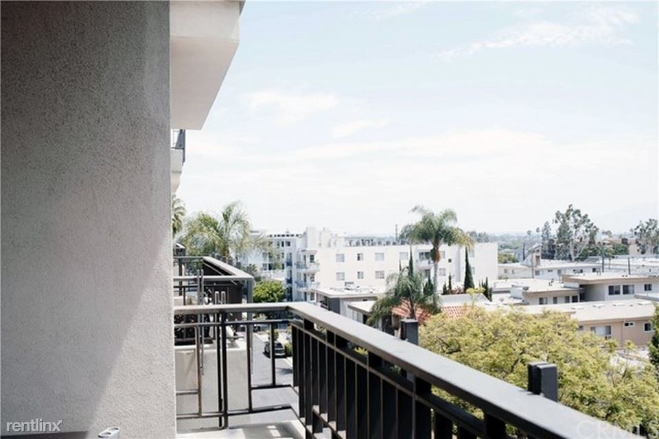 12222 Wilshire Blvd rental