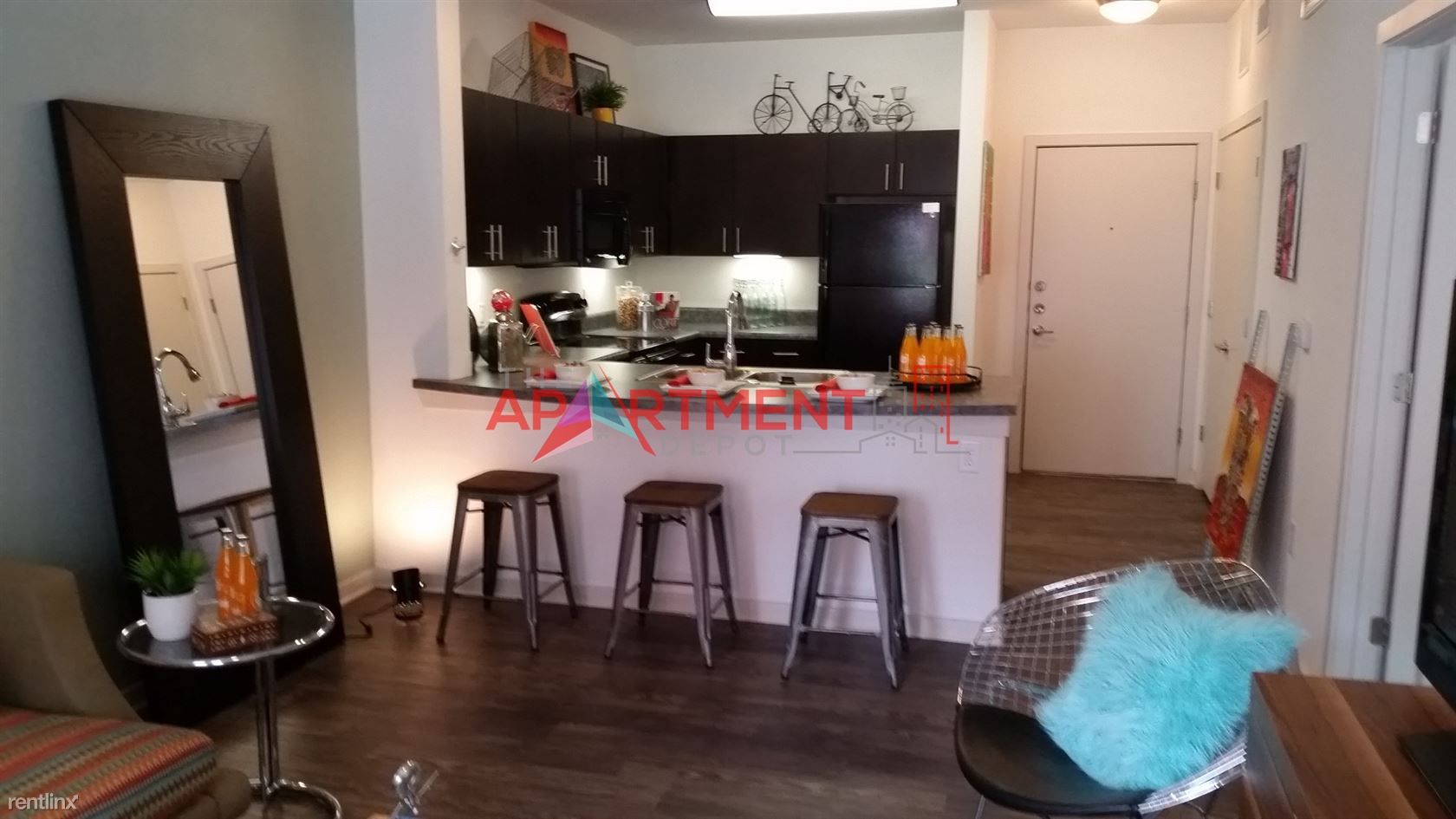 S Frio st / Southtown for rent