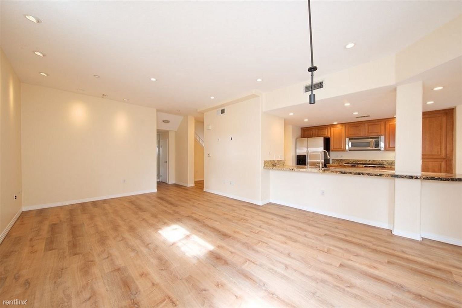 301 W G St for rent