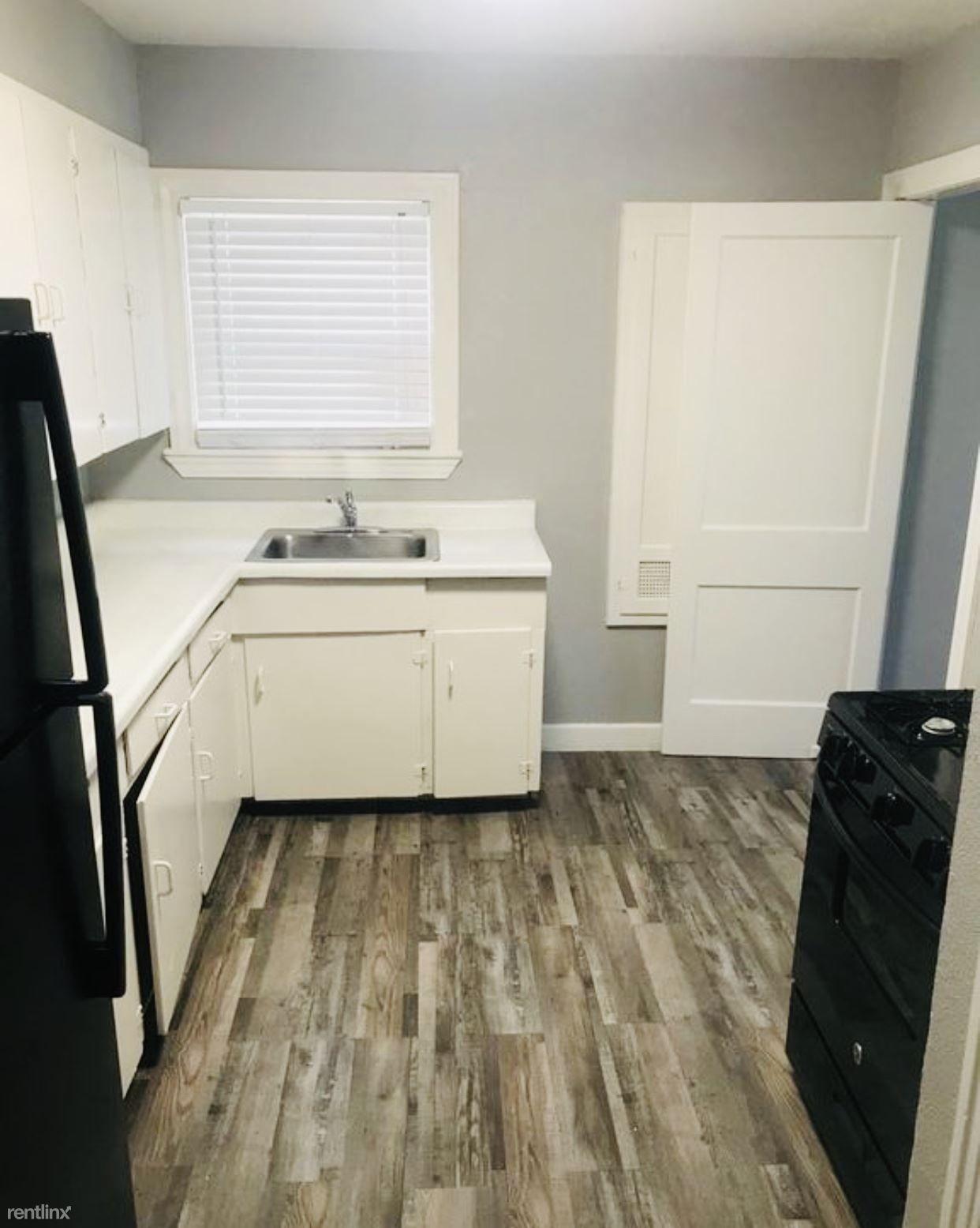 724 E Grayson St rental