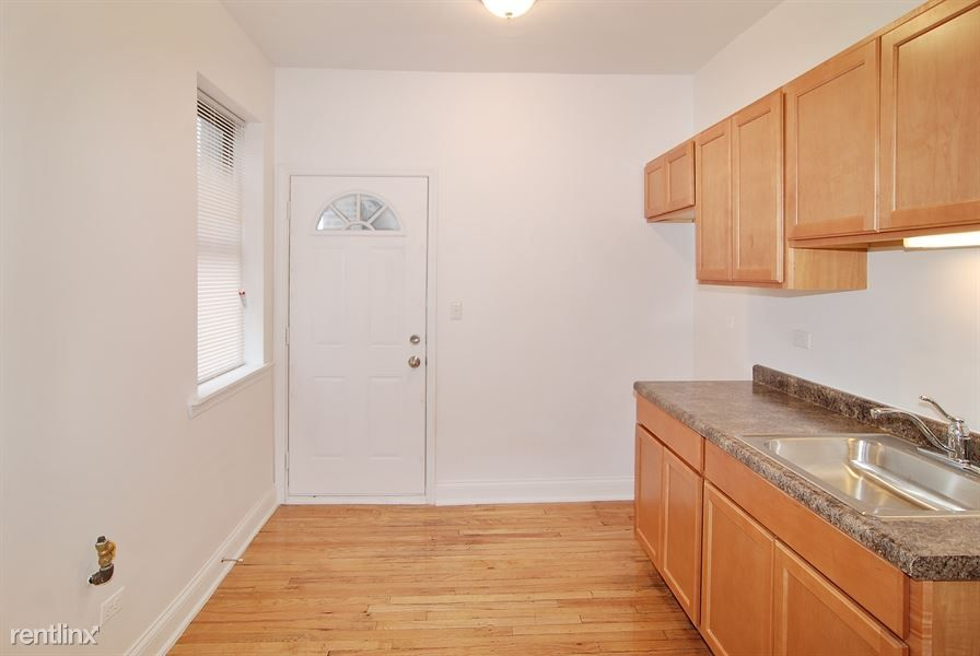 3501 W Adams St for rent