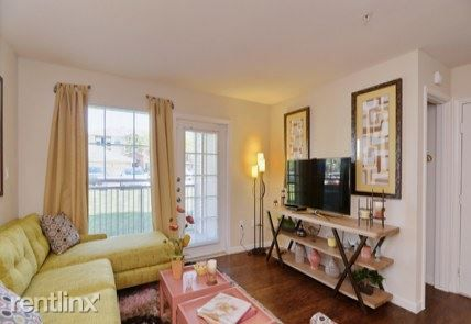 8181 Fannin Street rental