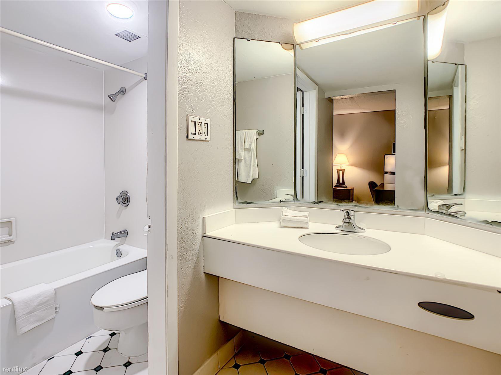 A-P-T Suites Jacksonville photo