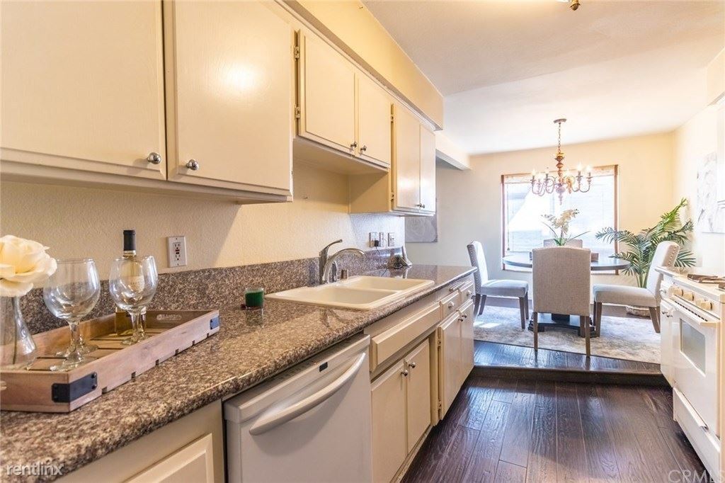 4528 Colbath Ave Apt 104 for rent