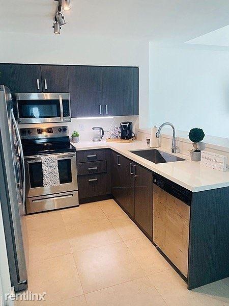 729 Northwest 2nd Street for rent