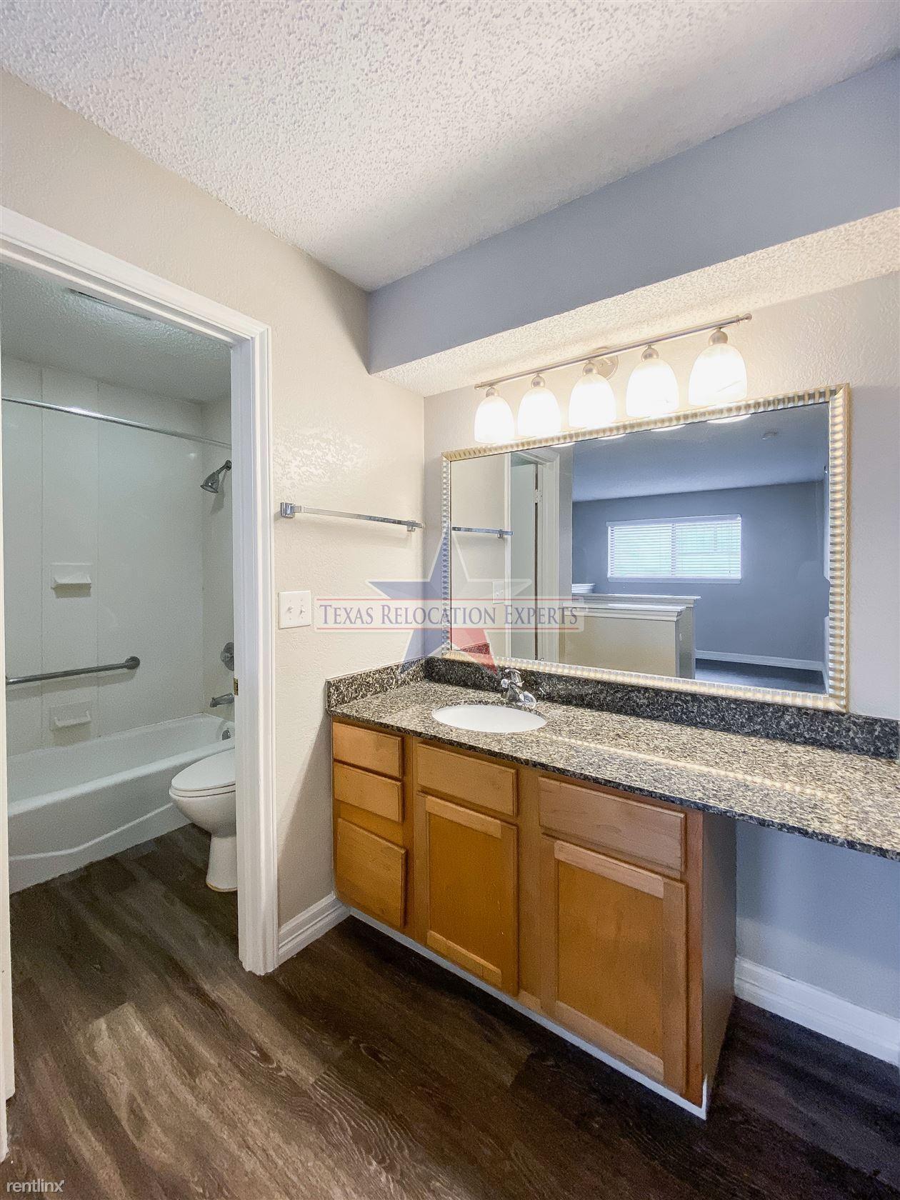 4041 Bluemel Rd
