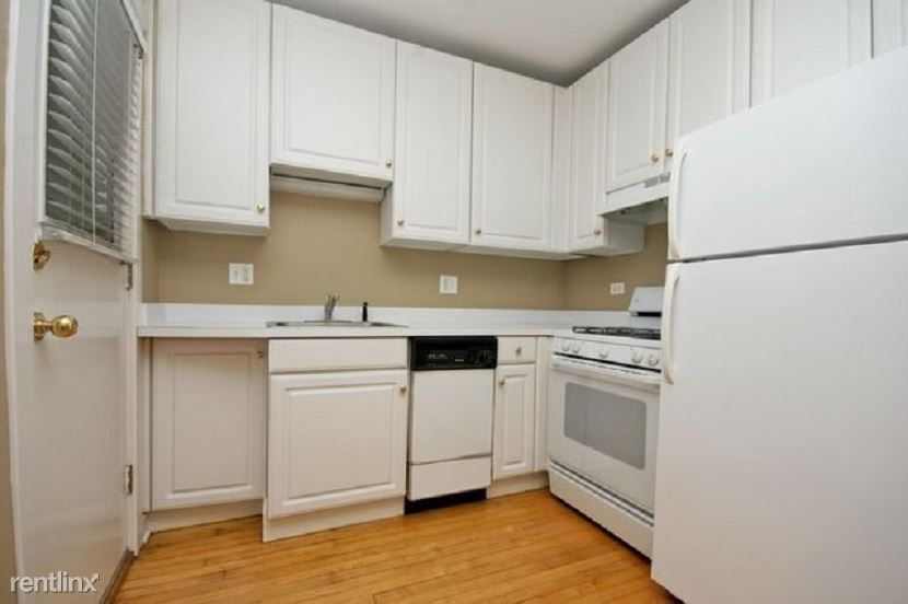 1014 W Barry Ave for rent