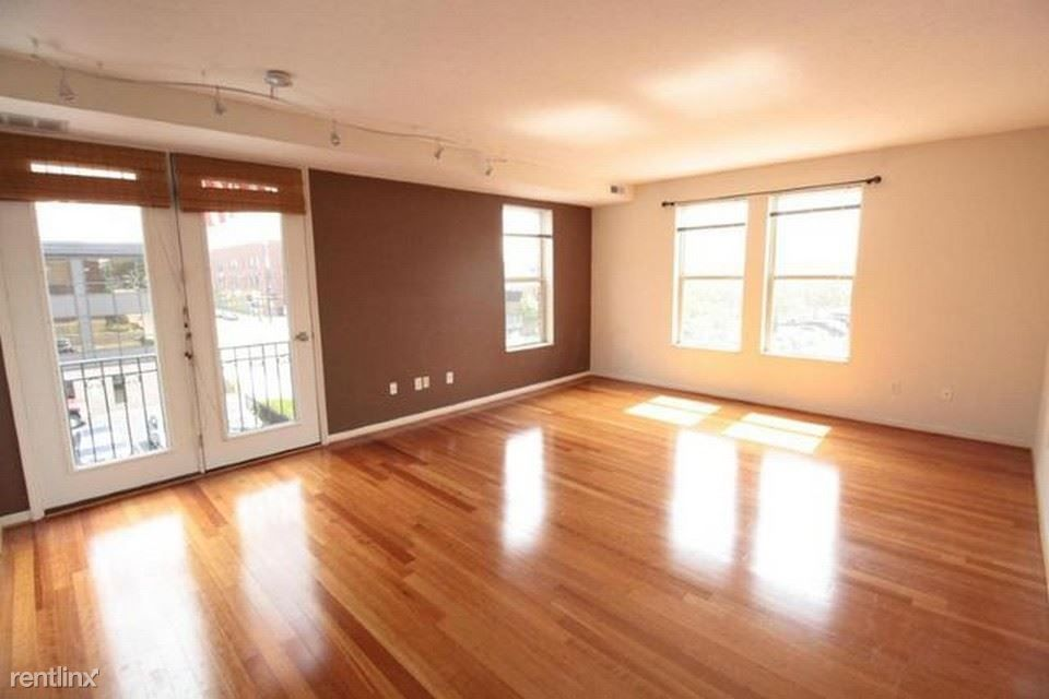 120 E Mound St for rent