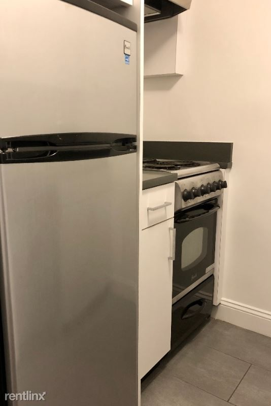 160 W 73rd St for rent